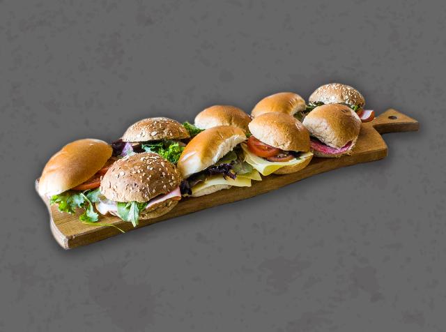 Soep & belegde broodjes; uitgebreid met broodje kroket