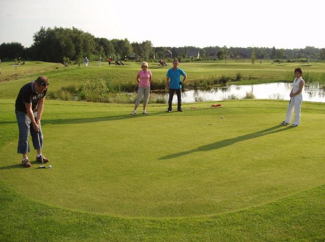 Legerjeep en Pitch & Golf